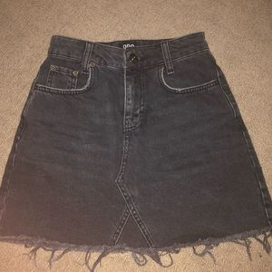 URBAN OUTFITTERS BDG black ripped skirt